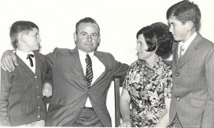 La família Català-Sastre l'any 1964, imatge cedida per Fotos antigues de Pòrtol