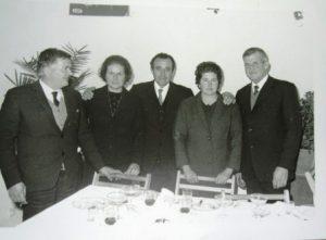 Els germans Oliver Serra: Pep, Catalina, Joan Sans-germà de llet de Pep, de Peguera- Maria i Miquel.